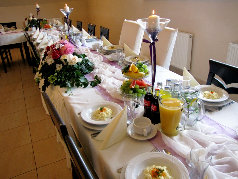Dekoracja fioletowa - wesele