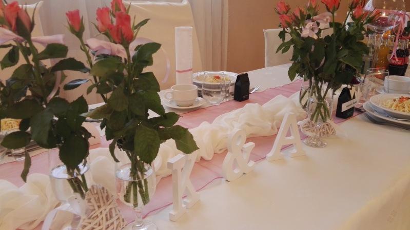 Złota dekoracja - sala weselna paradis