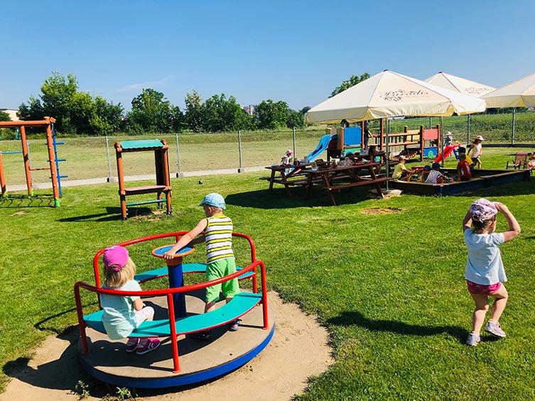 Plac zabaw przy Restauracji Paradis w Opolu